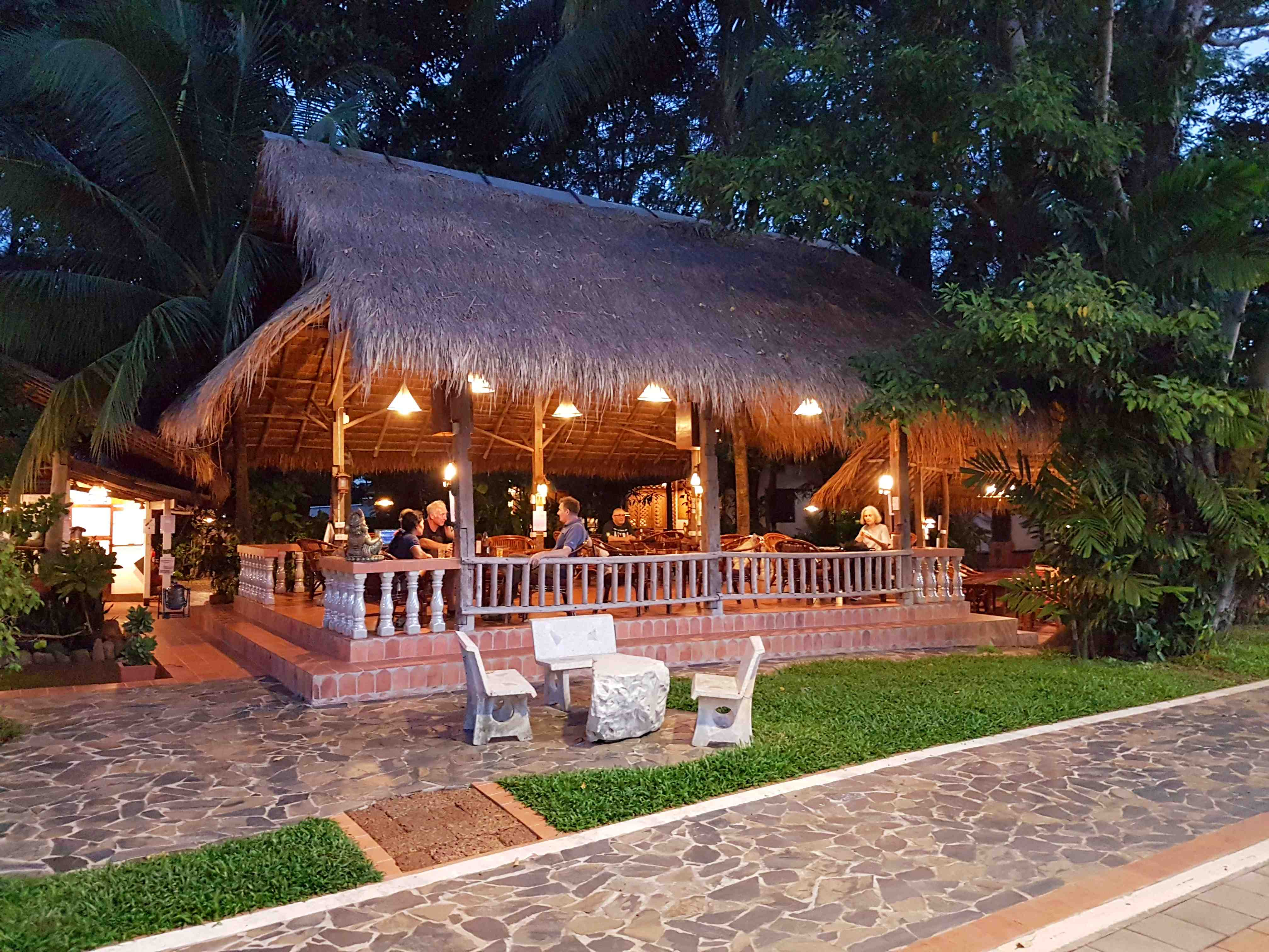 Hotel Isan Mut Mee Guest House Nong Khai Thailand Accommodation Yoga